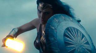 ¿Y si Wonder Woman manejase una espada láser de 'Star Wars?