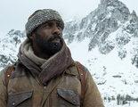 'La montaña entre nosotros' se pierde entre la supervivencia y el romance