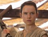 'Star Wars': Daisy Ridley ya sabe quiénes son los padres de Rey y se emocionó mucho