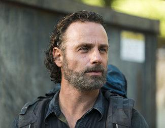 Andrew Lincoln quería matar zombies desnudo en 'The Walking Dead'
