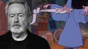 Ridley Scott podría dirigir la saga de 'Merlín' para Disney