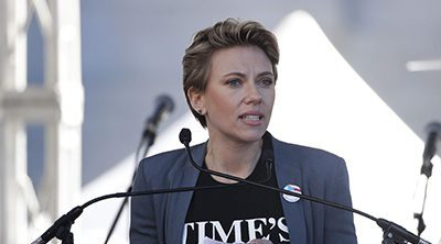 Scarlett Johansson ataca a James Franco durante la Marcha de las Mujeres