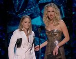 Oscar 2018: Jodie Foster entrega un premio en muletas y le echa la culpa a Meryl Streep