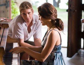 10 canciones de <span>Miley Cyrus</span> que son perfectas para la BSO de estas películas