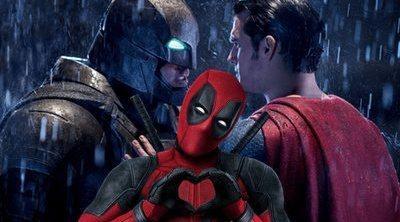 Así se ríe Deadpool de ese criticado momento de 'Batman v. Superman'
