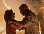'El rascacielos': Dwayne Johnson da el salto de su vida en el nuevo tráiler de la película