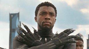 Un fan de Marvel hace una presentación sobre Wakanda en clase y engaña a su profesora