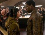El director de 'Los últimos Jedi' defiende a la actriz acosada por los fans 'llorones' de 'Star Wars'