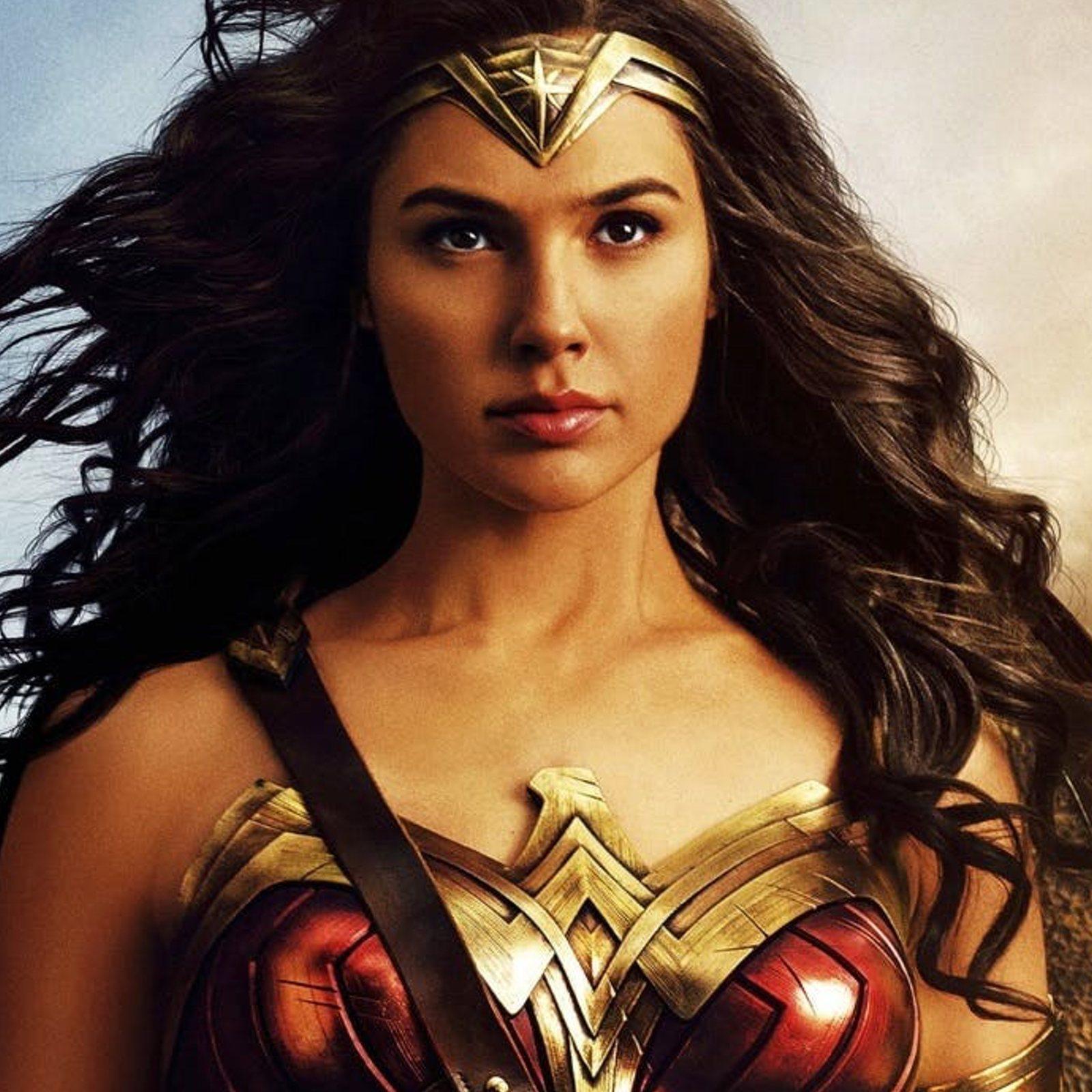 Wonder Woman (2017) Phone Wallpaper   Moviemania