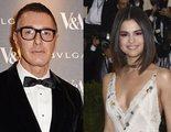 Miley Cyrus defiende a Selena Gomez tras los insultos de Stefano Gabbana