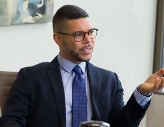 Wilson Cruz, el abogado de 'Por trece razones', luce músculos en Instagram