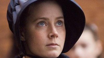 Amy Adams empezó a interpretar monjas y vírgenes para evitar el acoso sexual