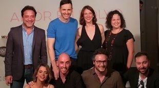 Así es 'Amor en polvo', con Enrique Arce, Macarena Gómez y Luis Miguel Seguí
