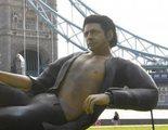 Londres amanece con una estatua gigante de Jeff Goldblum
