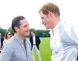 La inesperada (y profundamente privada) relación entre Tom Hardy y el príncipe Harry
