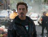 'Vengadores 4': Esta foto de una entrevista a Robert Downey Jr. podría estar llena de spoilers