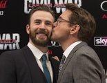 Robert Downey Jr. regala a Chris Evans un coche 'Capitán América' diseñado por él mismo