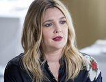 Drew Barrymore protagoniza una supuesta entrevista misógina en la revista de un avión