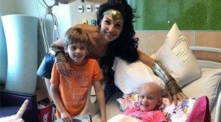 Gal Gadot visita por sorpresa un hospital infantil como Wonder Woman