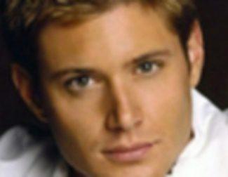Jensen Ackes niega ser el 'Capitán América'