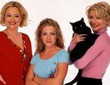 El reparto de 'Sabrina, cosas de brujas' se reúne para desear suerte al de 'Las escalofriantes aventuras de Sabrina'