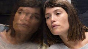 Clip exclusivo de 'Búsqueda de la felicidad' con una emotiva Gemma Arterton
