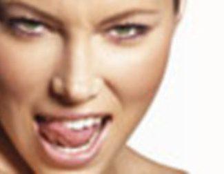 Jessica Biel en 'F***ing Engaged'