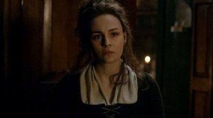 La productora de 'Outlander' explica el tratamiento del abuso sexual