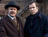 'Holmes y Watson' mandan un telegrama borrachos en este clip exclusivo
