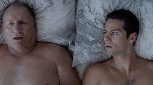 """Sí, Dylan O'Brien y """"Jay Pritchett"""" se enamoran en una nueva serie"""