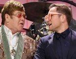 Elton John y Taron Egerton cantan 'Tiny Dancer' juntos porque nunca es demasiado pronto para empezar la campaña por el Oscar