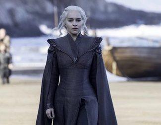 Emilia Clarke revela cómo fue compartir escena con Sophie Turner por primera vez en diez años
