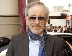 Twitter se ríe de Spielberg por criticar a Netflix pero aliarse con Apple