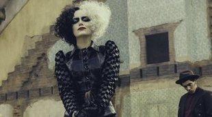 El pelo de la 'Cruella' de Emma Stone es muy distinto en estas fotos del rodaje