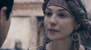 """Paloma Bloyd: """"'The Outpost' es 'Juego de Tronos' con ficción de zombies"""""""