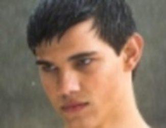 Taylor Lautner será 'Stretch Armstrong'