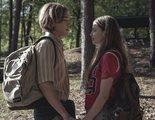 'Buscando a Alaska': Los creadores de 'The O.C.' y 'Gossip Girl' nos cuentan todo sobre su nueva miniserie