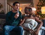 E.T. el extraterrestre vuelve a la Tierra y se reencuentra con Elliott en un anuncio de televisión