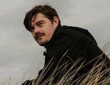 No pierdas de vista a Sam Riley