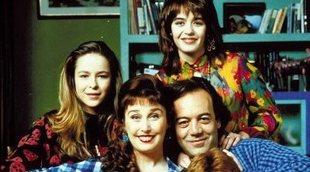 Oda a 'Pepa y Pepe', la mítica sitcom española de los 90