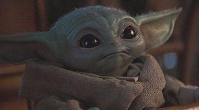 George Lucas y Baby Yoda posan juntos en una imagen más que adorable