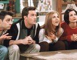 """'Friends': Courteney Cox comparte una foto inédita de """"la última cena"""" de los protagonistas"""