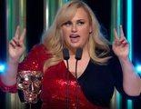 Rebel Wilson bromea sobre el fracaso de 'Cats' o el coronavirus en su divertido discurso en los BAFTA