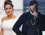 Salma Hayek explica su extraño abrazo con Eminem en los Oscar 2020
