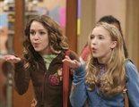 Miley Cyrus y Emily Osment traen de vuelta unos minutos a 'Hannah Montana' a través de una reunión virtual
