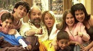 Fran Perea canta 'La vida al revés' con su hermano de 'Los Serrano'