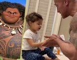 Dwayne Johnson enseña a su hija pequeña a lavarse las manos al ritmo de 'Vaiana'