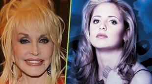 Los fans alucinan al descubrir que Dolly Parton produjo 'Buffy, cazavampiros'