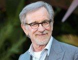 'Los Goonies': Steven Spielberg se apuntó por sorpresa a la reunión y habló de una posible secuela