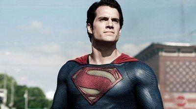 Henry Cavill podría volver a ser Superman, aunque no en una película propia